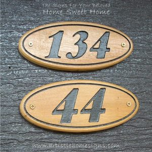WDO-090 Oval Wooden Border House Sign 134